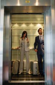 persons_elevators1
